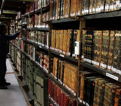 Ψηφιοποίηση ολόκληρης της Εθνικής Βιβλιοθήκης ανακοίνωσε η Υπουργός Παιδείας