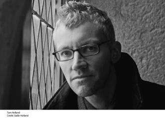 "Tom Holland, ""Εταιρεία Συγγραφέων"": για τα ebooks το ποσοστό των συγγραφέων πρέπει να ξεκινά από το 30%"
