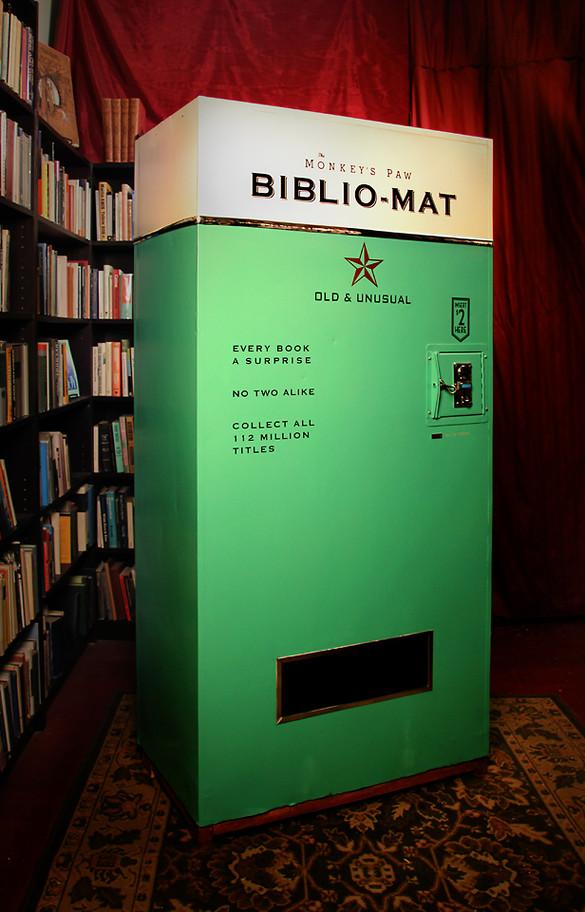 Το Βiblio-Μat επιλέγει τυχαία για σας το βιβλίο που θα διαβάσετε (video)