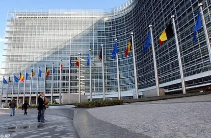 Η Ευρωπαϊκή Ένωση μηνύει Γαλλία και Λουξεμβούργο για το χαμηλό ΦΠΑ στα ebooks